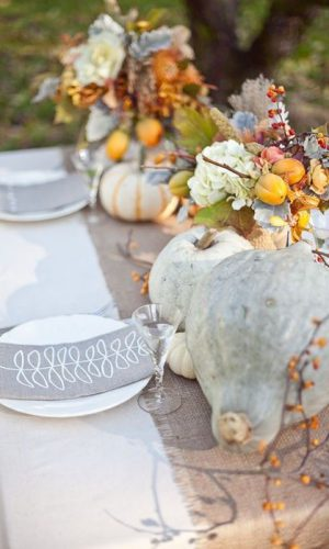07-the-more-natural-your-table-decor-is-the-cooler-the-ambience-will-be